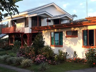 Big Familiar House para 10 Personas Casa Aquiares Lodge