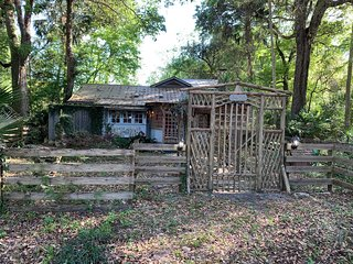 Unique Home near the Withlacoochee River