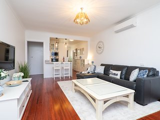 Denistone Home within 15min of Ryde & Macquarie Hospitals  FREE WIFI / Uber Eats