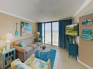 New Listing! Updated Oceanfront Condo w/ Balcony & Pools - Walk to Waves