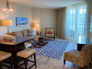 Best Views At The Palms Of Destin Resort! Free WiFi Recently Updated, Large Lago