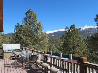 Secluded Hilltop Hideaway w/Deck & Mountain Views!