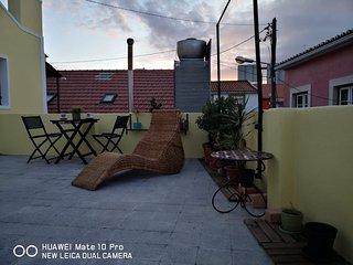 GUEST HOUSE TRAFARIA-LISBOA COSTA DA CAPARICA DE PRAIA