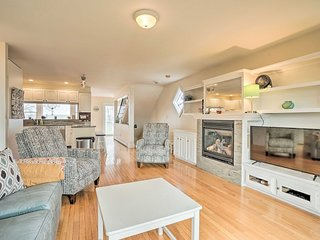 NEW! Oceanfront Family Getaway w/ Balcony + Grill