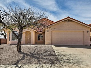 NEW! Modern Home w/ Mtn View Patio, 9 Mi to Tucson