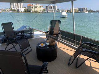 Emerald Gold 52 foot Luxury Water Adventure Clearwater Beach