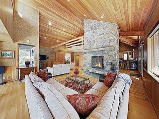 New Listing! Elegant Mountain Home w/ Hot Tub & 3 Fireplaces - Near Skiing