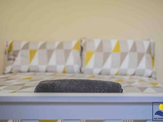 Yobel Carlton House - 2 Bed - Nottingham