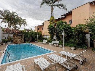 Casa com piscina em Caraguatatuba – Praia de Martim de Sa