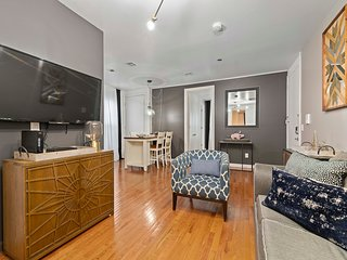 LARGE NEW APT/10 MIN TO NYC/ GREAT DEAL