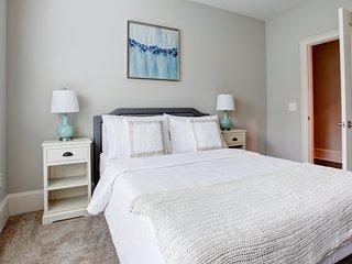 2 bedroom, Queens Road