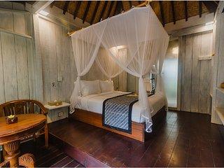 Superior Room &Breakfast close to Ubud Center   (Green35)