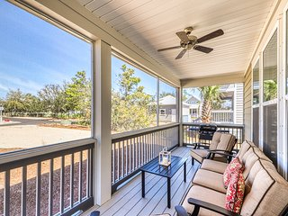 Delightful home w/ shared pool and hot tub and outdoor shower - near the beach!