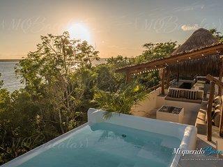 Casa Lole   Amazing Views, Rooftop, Jacuzzi, Terrace & Private Pier