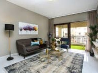 Designer Luxury Sandton Unit with ALL the extras
