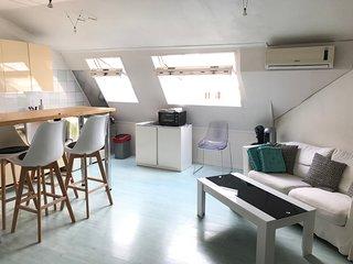Grand studio 2/4 pers Centre ville à 200m de la plage + garage + Wifi