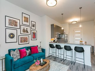 New Listing! Chic Condo w/ Private Balcony - Walk to Park & Midtown!