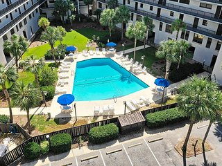 Second Row Condo, Easy Walk to Beach, Pool, Grilling Area, Residential Setting