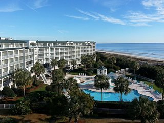 Oceanfront Condo, Balcony View, Elevator, Indoor/Outdoor Pools, Lazy River