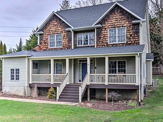 Porch, Patio, Proximity! Home Near Dtwn Asheville