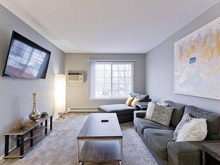 Luxurious One Bedroom Berkley Suite