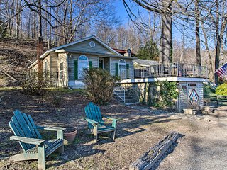 NEW! Lake Cottage <1 Mi to Chimney Rock State Park