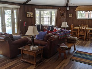 *** HAGERMAN LAKE! Authentic UP Waterfront Cottage ***