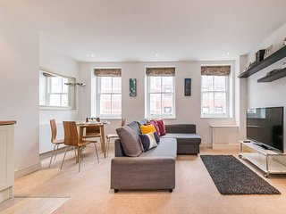 Beautiful 1 BR home 5 min from Oxford Circus