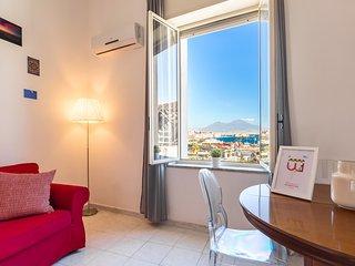 Seaview Apartment in Posillipo