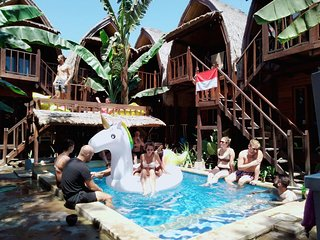 Bungalow 6 Adult Deep Gili Trawangan Walk to Beach