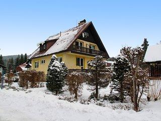 Novy Svet (HRA150)