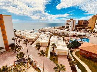 Beautiful 1½ Bedroom Condo on the Sea of Cortez at Las Palmas Resort D-603A