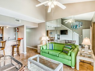 Gulf view condo w/ a full kitchen, private balcony, shared pools, & tennis court