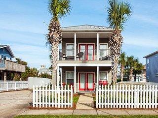"""Sirenia"" w/ Private Pool & Guest House - 350' to Beach - High Walkability!"