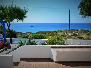 Summer House in Summer Residence - Comfortable Accommodation in Provatas Bay
