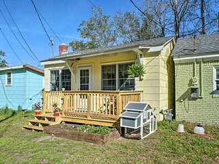 NEW! Cozy Tiny House: 4 Mi to Downtown Wilmington!