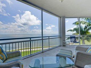 Tranquil Gulf Views- Beachside Retreat- Steps to Pool & Beach- RESORT LISTING