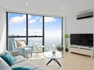 *SANITISED* Breathtaking City Views - Luxurious City Living + Free Parking