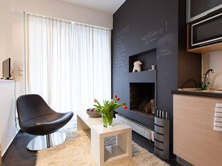 Sitting space & fireplace