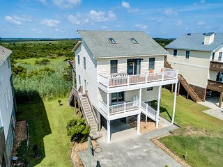 The Four C's | 450 ft from the beach | Community Pool | Nags Head