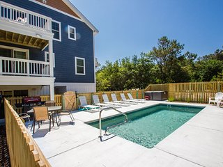 Shark and Awe   1225 ft from the beach   Private Pool, Hot Tub   Southern Shores