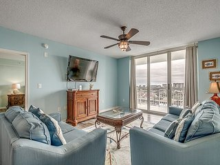 Gorgeous condo in Barefoot Golf Resort on the marina + FREE DAILY ACTIVITIES!