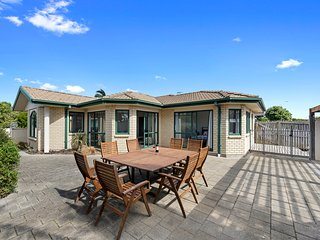 Palm Beach Retreat - Papamoa Holiday Home, Abel Tasman National Park