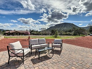 Red Rock Country Home with Patio & Mountain Views!