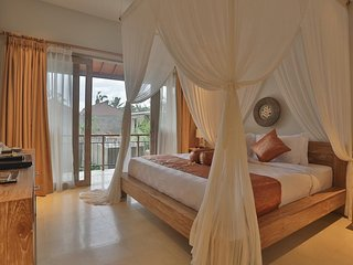 1 BR Deluxe Room-Private Balcone-Rice Field View-B'fast at Ubud