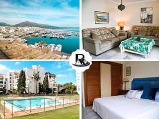 Three Bedroom Apartment In Front of the Marina Puerto Banus, Marbella!