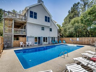 Ocean Pines | 999 ft from the beach | Private Pool, Hot Tub | Corolla
