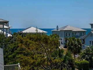 Recently Renovated Beautiful Beach Home!! 2 Community Pools- Steps From Private