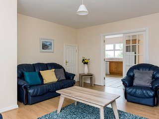 Marine View Three bed townhouse. A