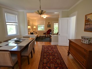 T-2 Clifton gaslight lg 2BR fully furnished